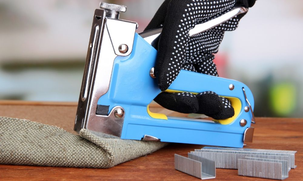 Hammer Tackers vs. Staple Guns: What's the Difference?